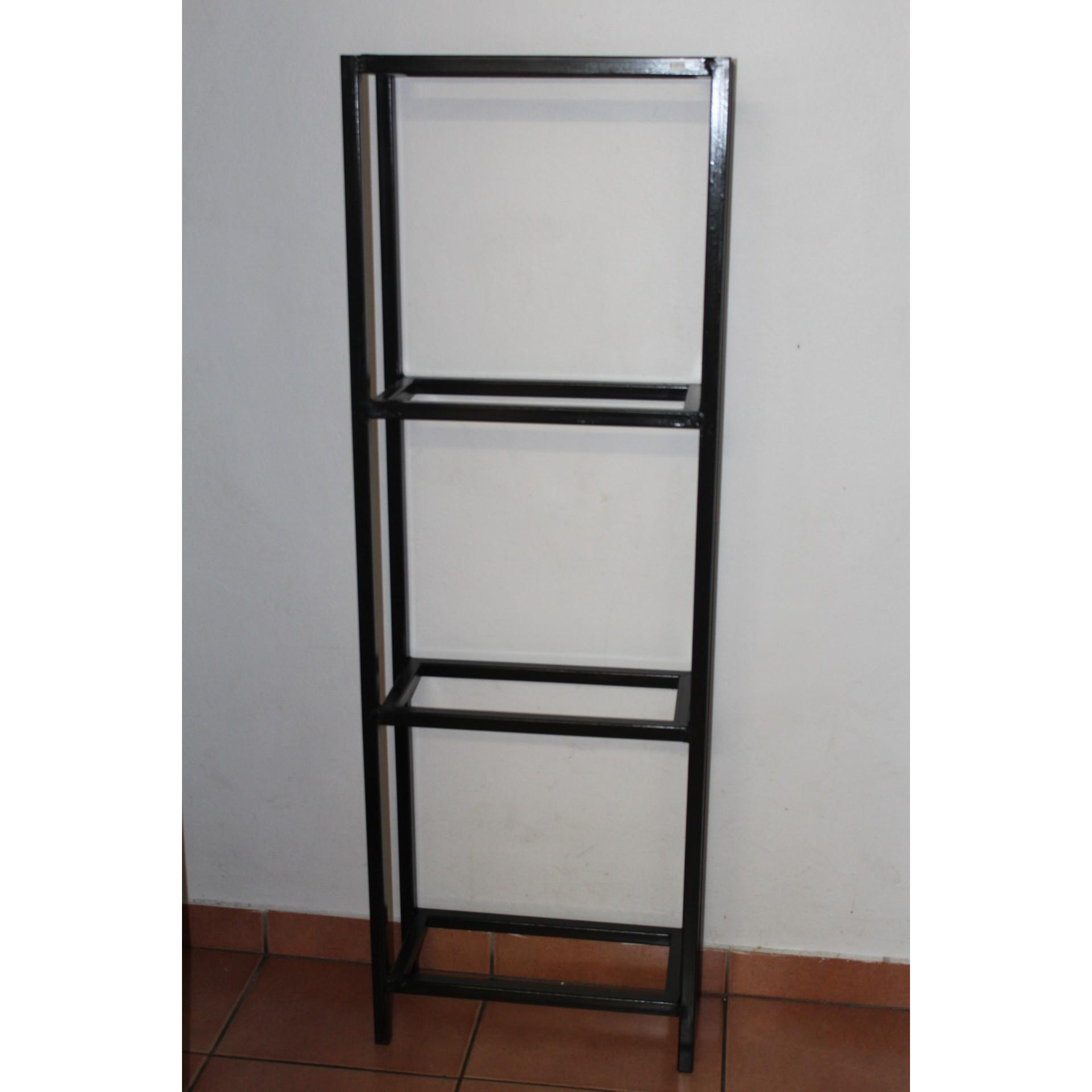 3 tier stand.  Fits 3x 1 1/2ft (45cm) Tanks